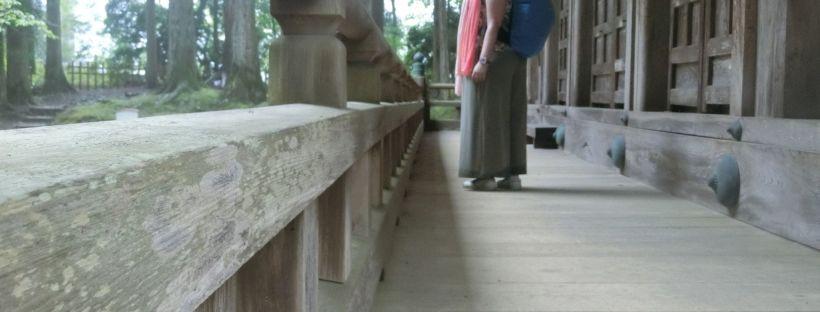 koyasan temple girl backpack japan travel